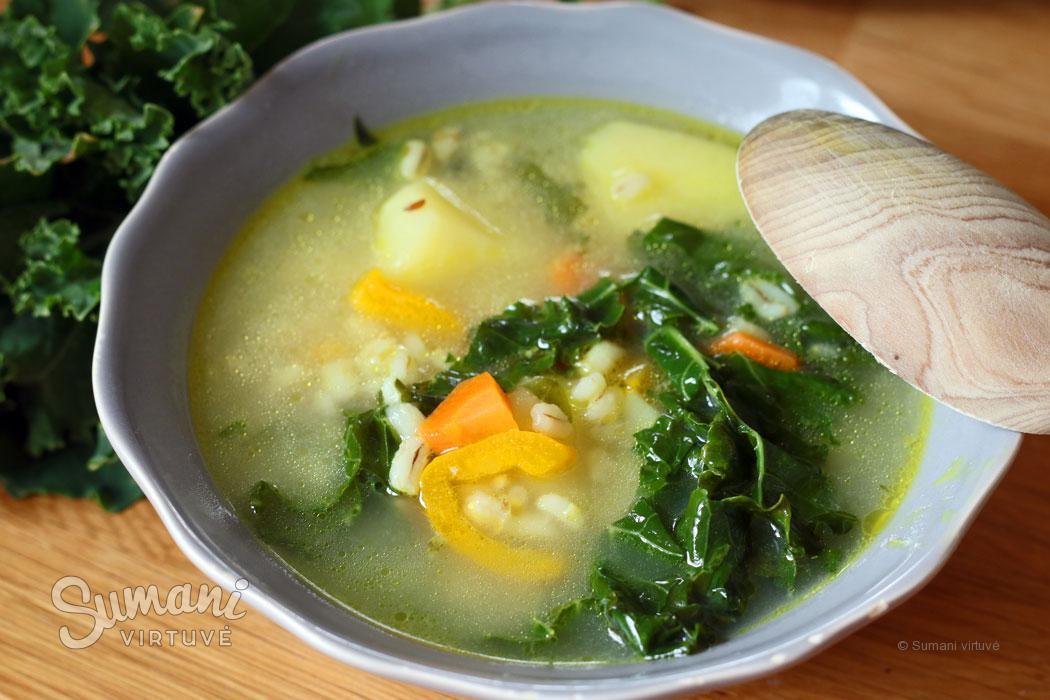 garbanotų lapinių kopūstų kale sriuba receptas